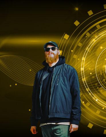 Tops Cut Off DJ Cash