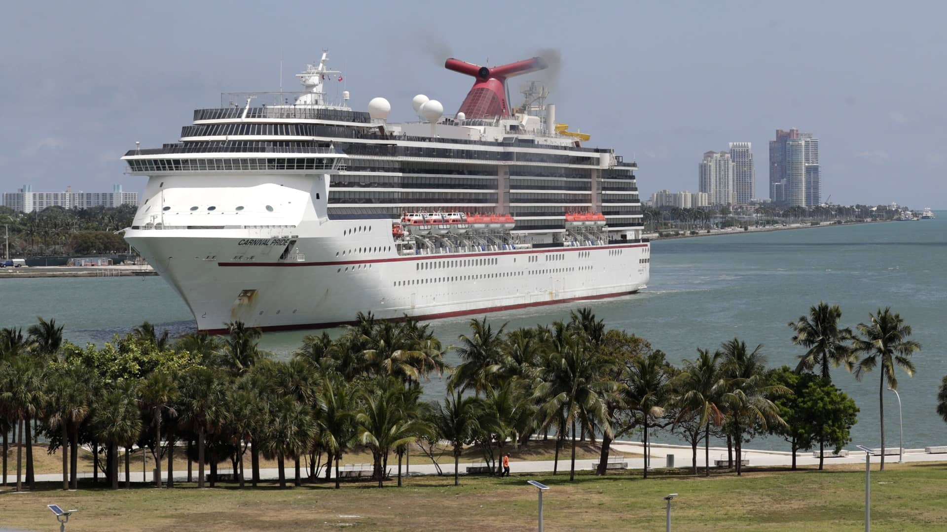 Anchors aweigh: Cruise ship prepped to leave Baltimore port